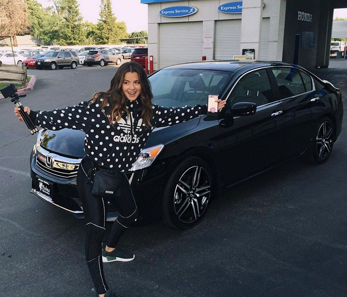 tessa brooks first car