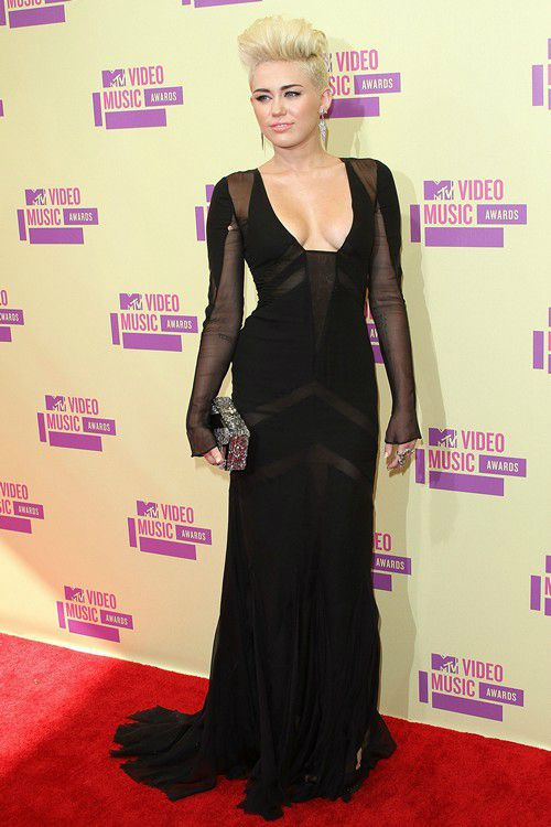 Miley Cyrus Height Weight Net Worth