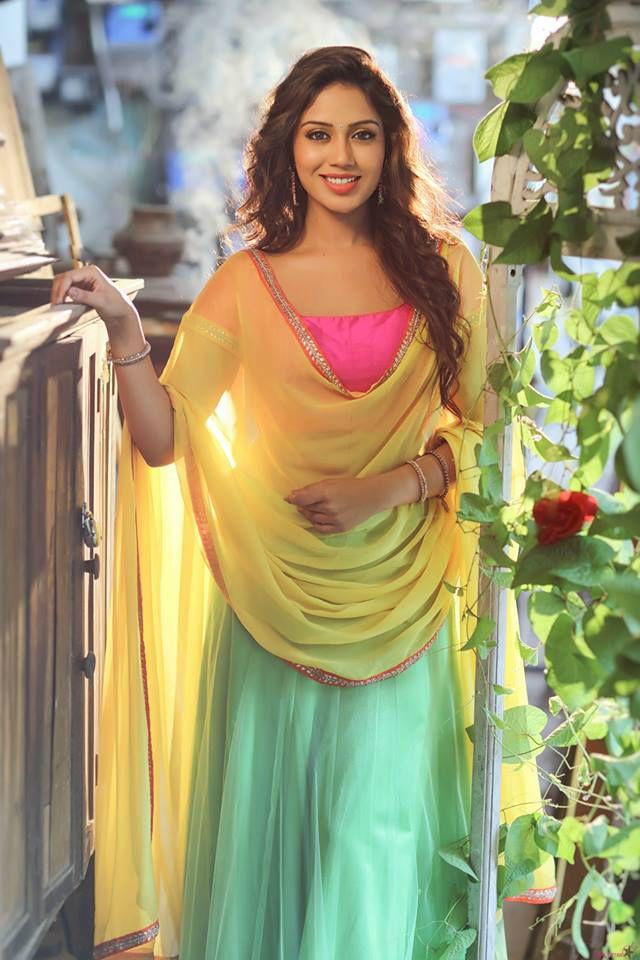 Nivetha Pethuraj Height Weight Age Wiki Biography