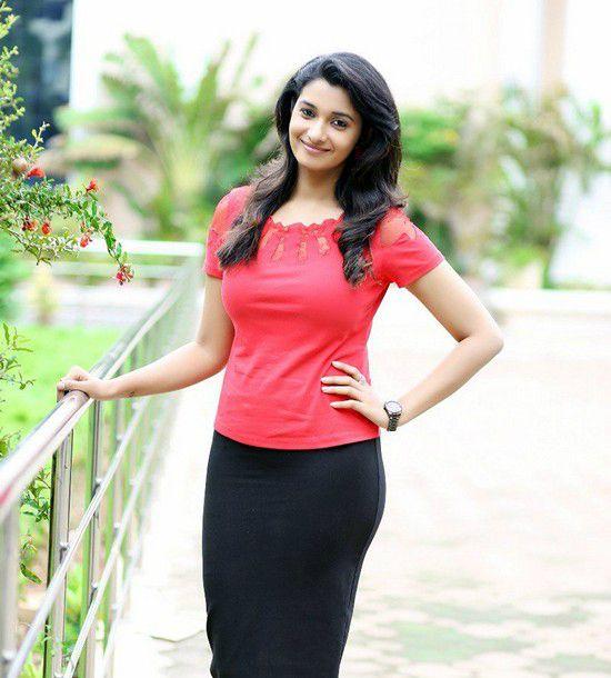 Priya Bhavani Shankar Height