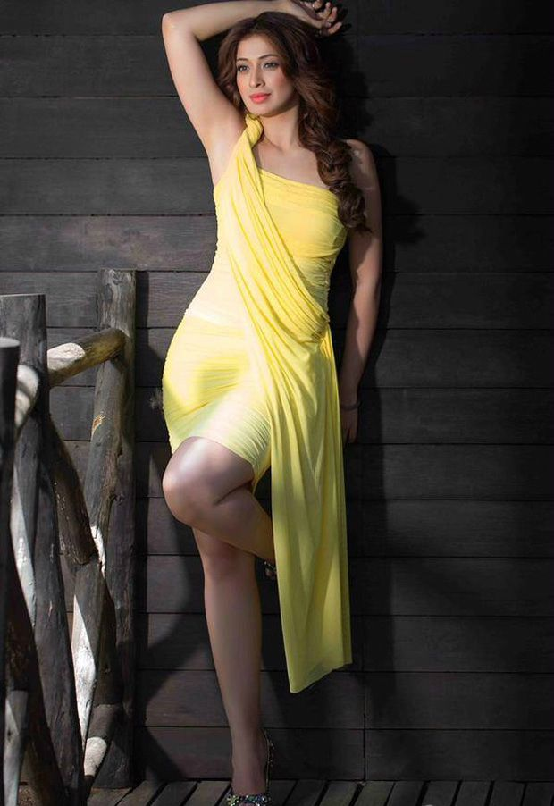 Raai Laxmi Height Weight Age