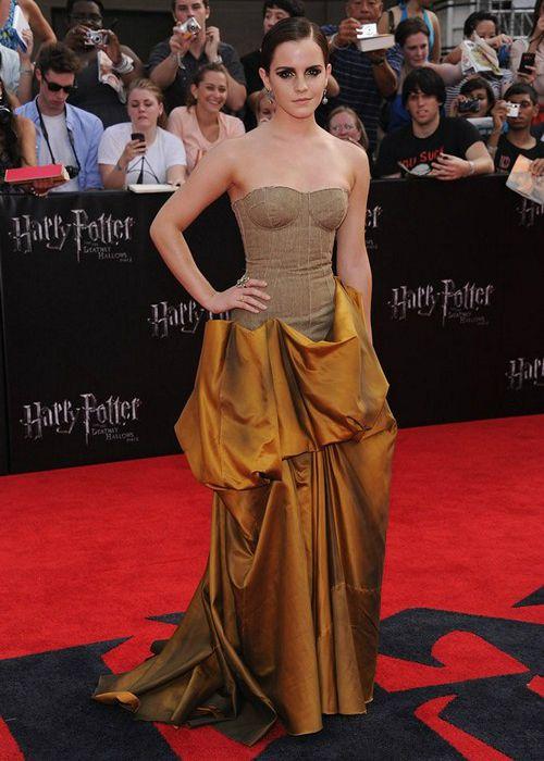 Emma Watson Height Weight Age Wiki Biography Net Worth