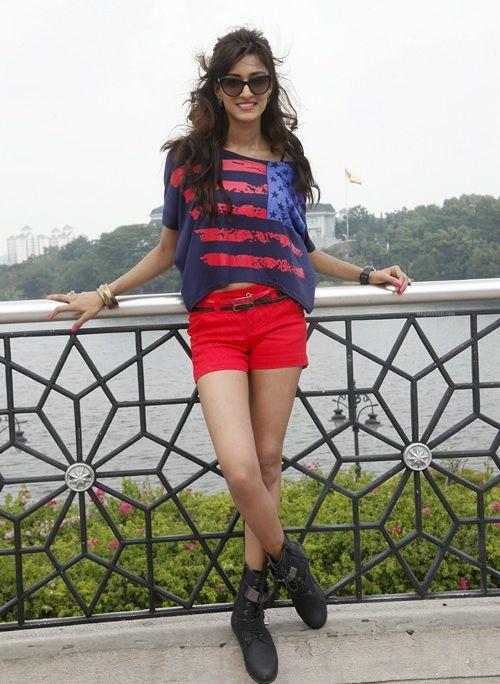 Erica Fernandes Height Weight Age Wiki Biography Net Worth