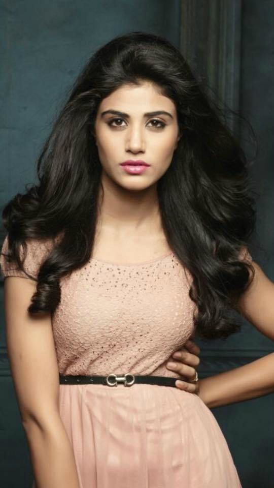 Jia Sharma Height Weight Vital Stats Age Wiki Biography