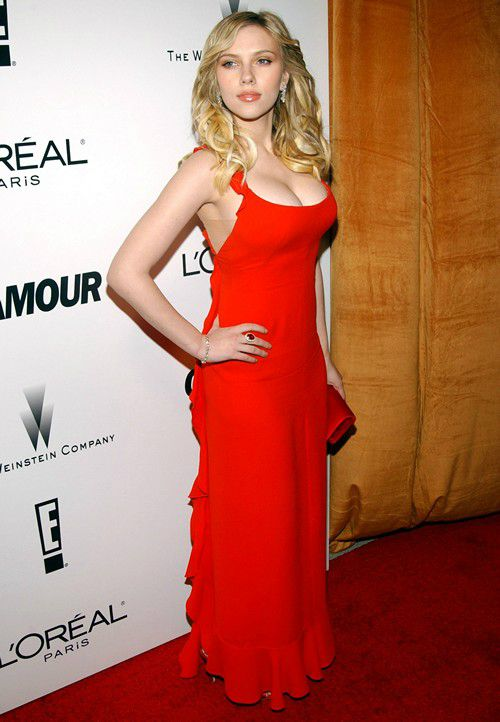 Scarlett Johansson Height Husband Age Family Wiki Bio Facts