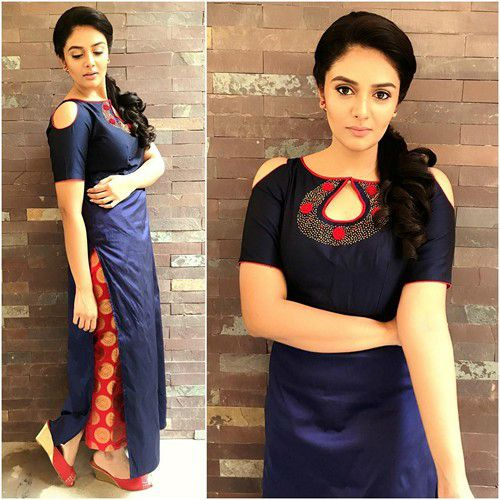 Sreemukhi Height Weight Age Wiki Biography