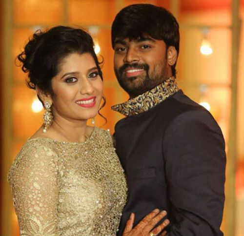 VJ Priyanka and her husband Praveen