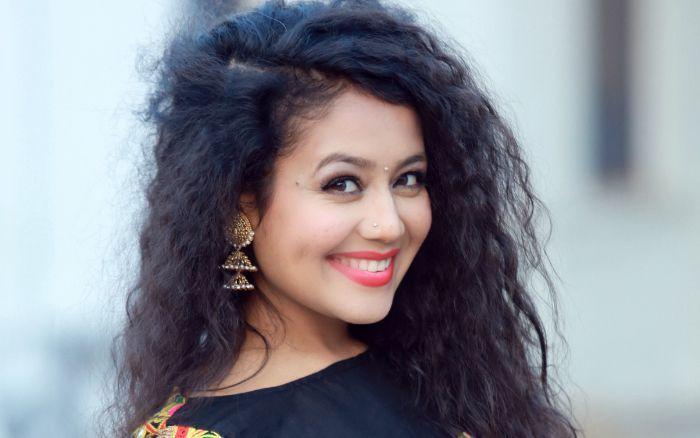 Neha Kakkar Height Age Wiki Bio Family Net Worth Facts