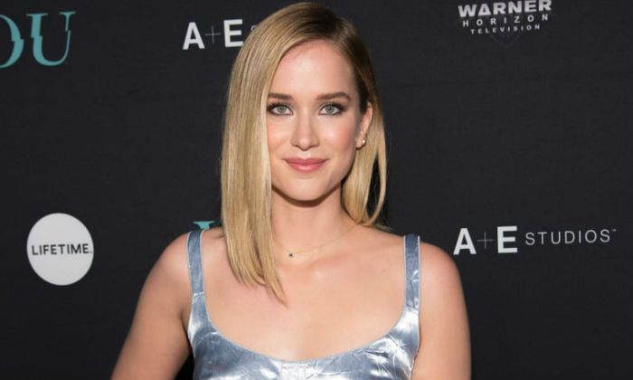 Elizabeth Lail Height, Weight, Age, Bio, Boyfriend, Facts