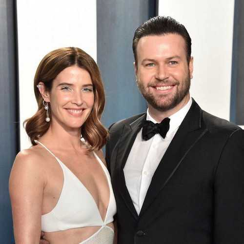 Taran Killam and his wife Cobie Smulders