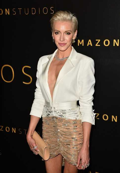 Katie Cassidy slays in a plunging outfit